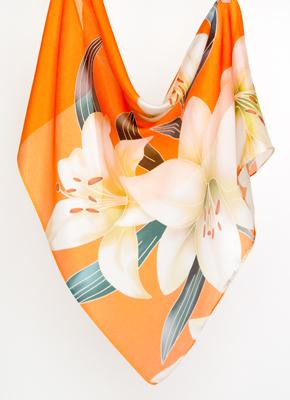 オレンジ絹にユリ