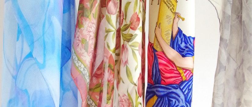 絽紗の生地と他のシルクスカーフやストールの生地はどう違うのでしょうか?